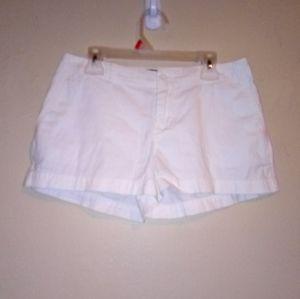 ⬇️ $25 Polo shorts
